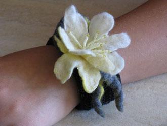 Blumen für das Handgelenk