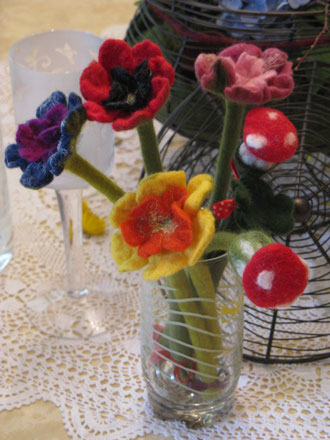 von li.: Purple Rain, Roter Mohn, Springtime,Jane Austen, Glückspilz
