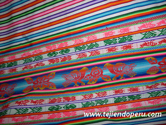 manta tejida en telar -  Andahuaylas, Perú