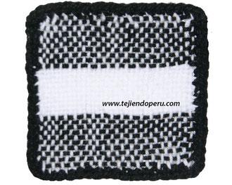 Cómo urdir en dos colores de lana en telar de mesa cuadrado