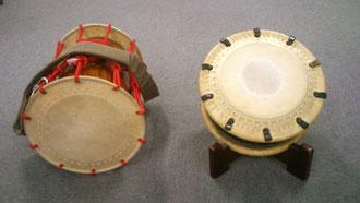 締獅子太鼓(左)と締太鼓(右)