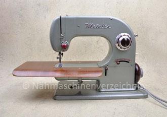"""Meister R6, 1953, Hersteller: Meister Werke Schweinfurt (Bilder: M. Maag, """"Tom"""", Nähmaschinenverzeichnis)"""