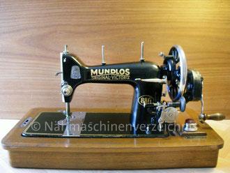 """Mundlos 88G """"Original-Victoria"""", Geradstich, Flachbett, Fußantrieb, Vorrichtung für Anbaumotor vorhanden Hersteller: Mundlos AG, Magdeburg (Bilder: I. Naumann)"""
