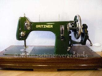 Gritzner R, Flachbett mit Handkurbel, Hersteller: Gritzner-Kayser AG Nähmaschinen - Mopeds - Fahrräder Karlsruhe-Durlach (Bilder: I. Naumann u. B. Schlappa)