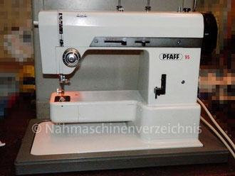 Pfaff 95, Zickzack, Freiarm mit Einbaumotor und Klapptisch, Hersteller: G.M. Pfaff AG, Nähmaschinenfabrik, Kaiserslautern (Bilder: M. Maag)