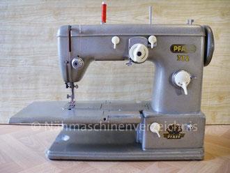 Pfaff 332, Zickzacknähmaschine, Freiarm mit Einbaumotor und Klapptisch, Hersteller: G. M. Pfaff AG, Kaiserslautern, Baujahr 1957 (Bilder: I. Naumann)
