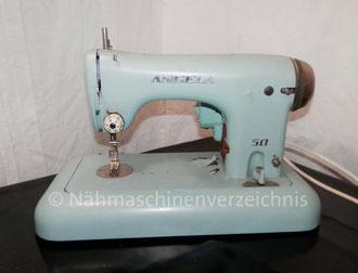 Angela 50, Flachbett Geradestich-Nähmaschine, gebaut ab ca. 1958, Hersteller: Maschinenfabrik Angeln GmbH, Kappeln (Bilder: M. Maag)
