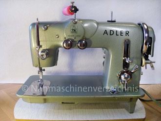 Adlermatic 189 A, Automatik Zickzack-Nähmaschine mit 3 Kurvensätzen (1a, 2a, 3a), Fußantrieb, Motoranbau möglich, Hersteller: Kochs Adlernähmaschinen Werke AG, Bielefeld (Bilder: I. Naumann)
