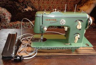 Veritas 8014/3, Automatic, Flachbett mit Anbaumotor o. Fußantrieb Hersteller: VEB Nähmaschinen Werk Wittenberge (Bilder: I. Naumann und Sachswolf)