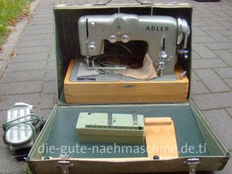 Adlermatic 153 A, Automatik Zickzack-Nähmaschine mit Kurvensätzen, Hersteller: Kochs Adler Nähmaschinenwerke AG, Bielefeld (Bilder: M. Obenaus)