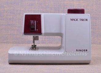 Singer M100 Magic Tailor, Kleinnähmaschine, Hersteller Singer Sewing Company Frankreich (Bilder: Nähmaschinenverzeichnis)