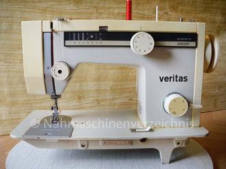 Veritas 8014/29 programm–zickzack (8 Programme) -  Haushaltsnähmaschine, Flachbett mit Anbaumotor oder Fußantrieb, Hersteller: VEB Nähmaschinenwerk Wittenberge (Bilder: I. Naumann)