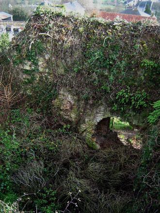 L'ancienne porte du donjon