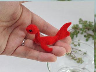 羊毛フェルト 水竜 金魚