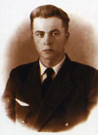 В.Г. Ивлиев – второй пилот самолета Ли-2. 1960 г