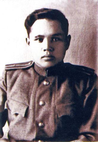 Младший лейтенант В.И. Кузмин