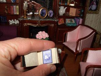 La sala. Álbum de fotos antiguas realizado por mí.