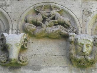 Die Hasen fesseln den Jäger. Königslutter, Dom. 12. Jhdt.
