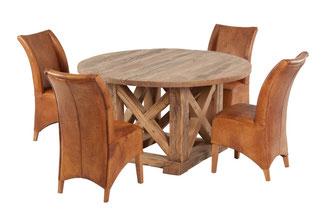 Runder Esstisch aus alter Eiche im Fachwerk-Design