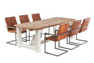 Rustikaler Landhaustisch massiv Eiche mit Mosaik Tischplatte auf Bockgestell weiß