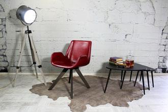 Esszimmer Stuhl Martin aus hochwertigem Leder Made in Italia, weiche Polsterung Rindsleder und ein kreuzförmiges Stuhlgestell aus massiv Buche