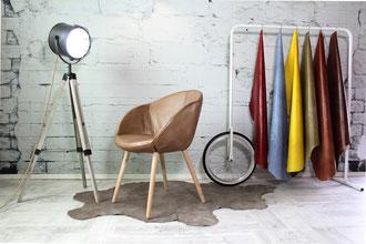 Esszimmerstuhl Alisha Echtleder mit Holzbeinen sehr bequemer Schalenstuhl weich gepolstert