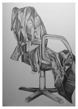 Ledermantel auf Stuhl,Bleistift,100x70 cm