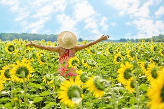 Vitalstoffe für Erwachsene, Menschen reiferen Alters, glücklich, vital, vollwertig, hochwertig, fit