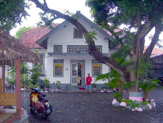 historical dutch house in singaraja