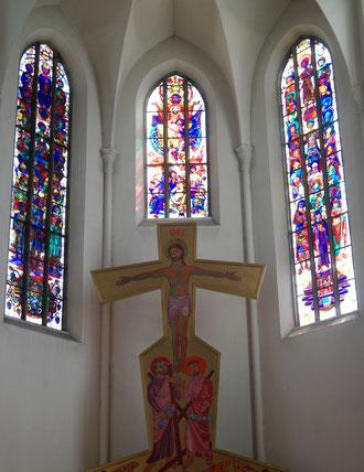 Drei figurale Glasfenster des Presbyteriums von Karl Weiser