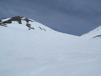中岳~南沢へ滑り込む快適な斜面!
