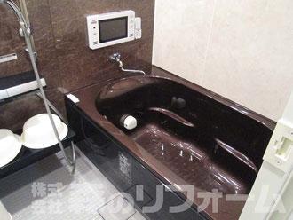 柏市水まわり浴室リフォーム ベンチ浴槽 浴室内テレビ設置