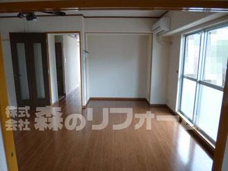 松戸市マンションリフォーム ダイニングリフォーム クロス貼替 フローリング張替 廻縁取付 木部部分塗装