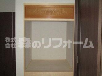松戸市まるごとリフォーム お仏壇上部の彫刻部分を新たな仏壇上部へ取付