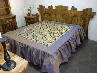 Стилизованная кровать