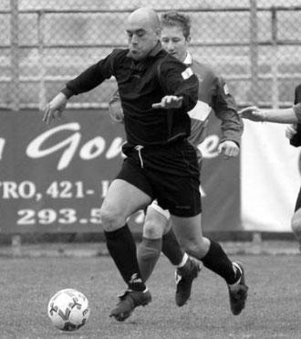 Mazzei fugge palla al piede