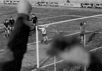22': esultanza dopo il gol vittoria di Ottonello