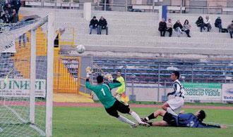 9'. Concas porta in vantaggio il Savona