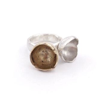 """Ring von Dora Des -""""Chalices"""" - Sterlingsilber, Bronze"""