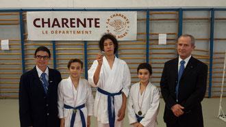 Avec les enfants Saison 2013 - 2014