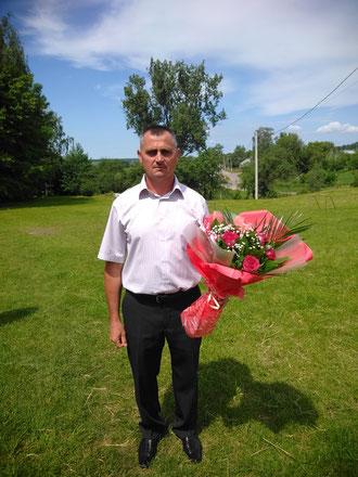 Вчитель фізичної культури Рафалович Василь Петрович