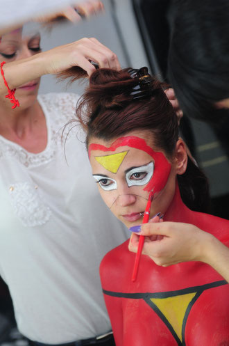 spiderwoman bodypainting spider woman body painting, body paint paso a paso