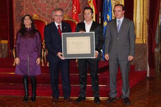 Entrega de la Medalla y Placa de bronce 2011 al Patrocinio deportivo a Panaderia Arrasate