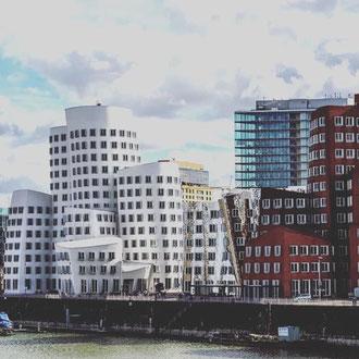 Medienhafen Düsseldorf Führung