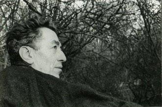 Pierre Bertaux dans sa cabane de Rambouillet (© Michel Bertaux)