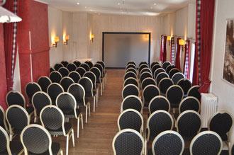 Tannensaal mit Theaterbestuhlung