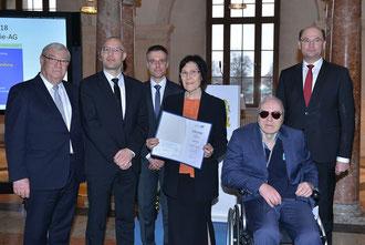Die Projektteam energie-AG erhält den Umweltpreis 2018