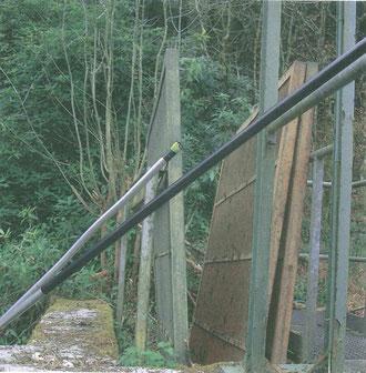 Les grilles protégeant l'ichtyofaune des turbines bien au sec...