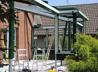 Montagelösungen von Terrassendächern und Überdachungen