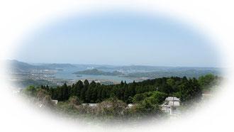 修道院から伊万里湾を望む